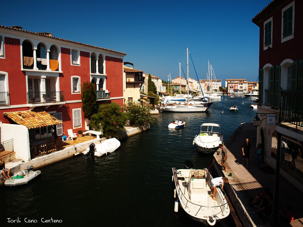 Canal, Port Grimaud