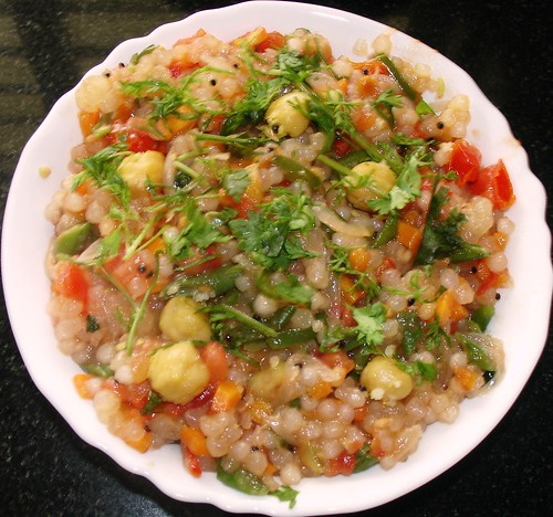 javvarisi (sabudhana) vegetable kichchadi