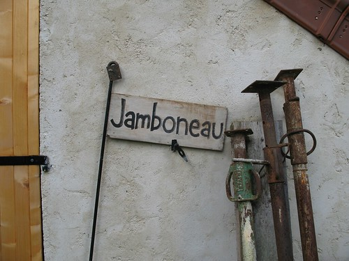 Jeanboneau sign