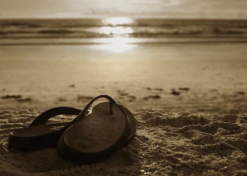 Sunrise Sandals BW (by Damgaard (DamgaardPhotography.co m))