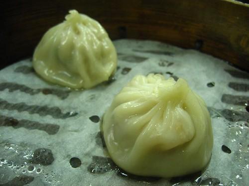 劉家酸菜白肉鍋-豬肉湯包