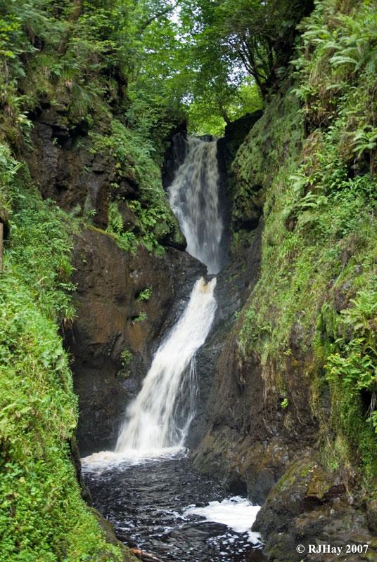 Ess-Na-Larach Falls