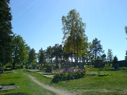 Alatornio grave yard