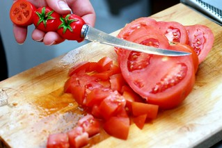 chopping tomatoes, tomato knife