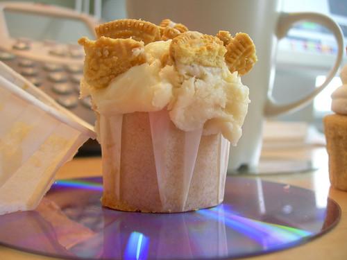 vanilla creme cookie, vanilla cake