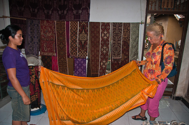 Chris inspecting a single Ikat