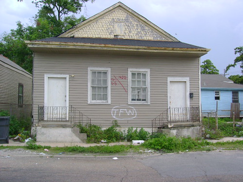 2250-52 N Galvez Street