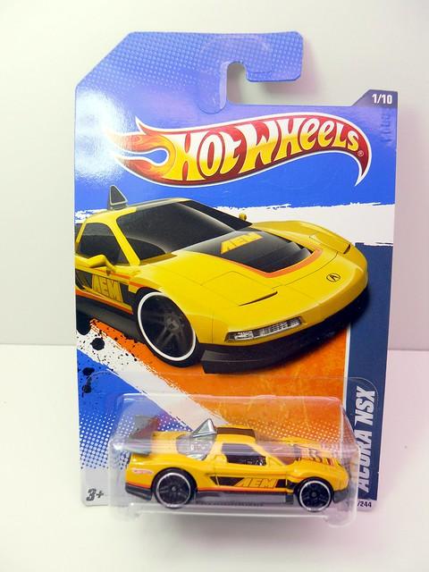 hot wheels Acura nsx yELLOW (1)