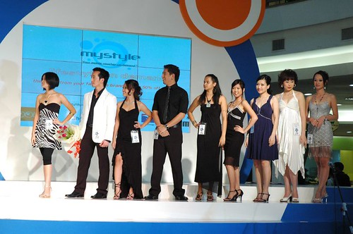 Group A3 on stage