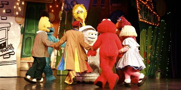 Sesame Street Live: Elmo's Coloring Book - 13