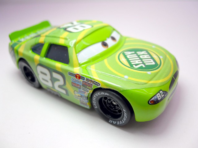 DISNEY CARS KMART COLLECTOR DAY 5  SHINY WAX RACER (2)