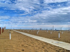 Spiaggia di fine estate (HDR)