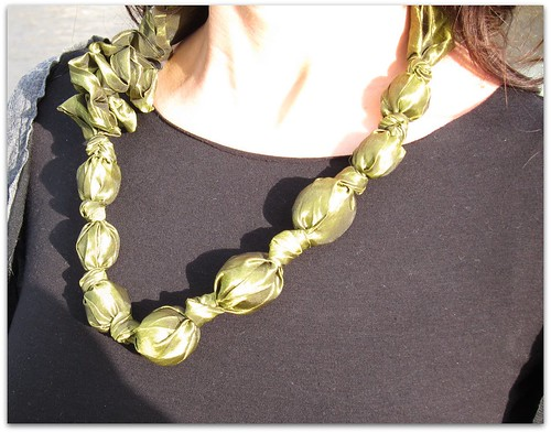 I heart green necklace