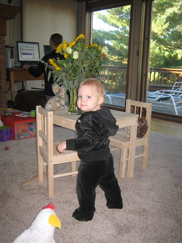 ellaplaying birthday 2007 014