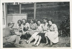c1939 Holland, Hannie and the other secretarie...