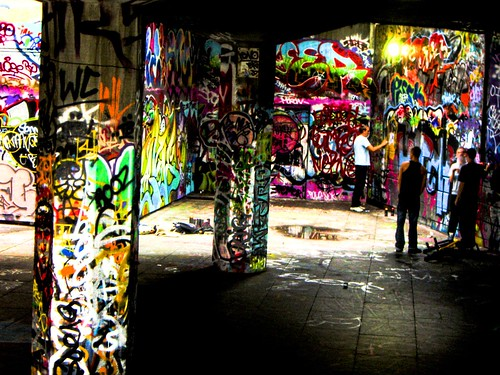 grafitti's den by dan jackiels.