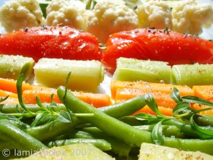 Gemüseplatte vor dem Ofen