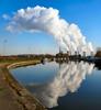 Ratcliffe-on-Soar Power Station from Sawley Marina by Lady Wulfrun