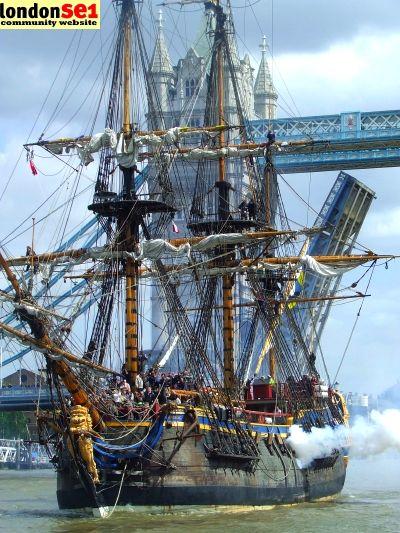 Götheborg fires her canons, London
