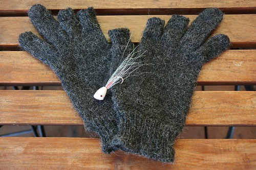 T's fly fishing gloves