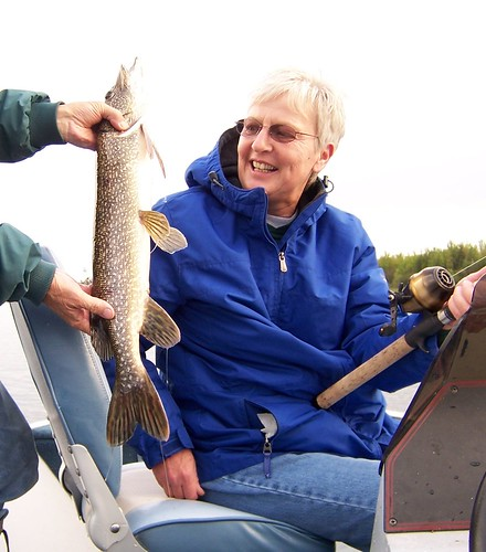 Sue with her 28 inch walleye.jpg