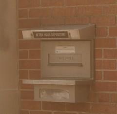 Deposit box