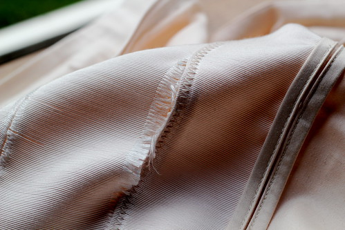 Tuesday: damn Portmans skirt