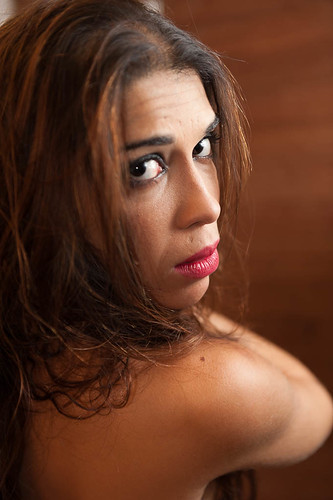 Andrea Evangelista - Atriz e bailarina performática