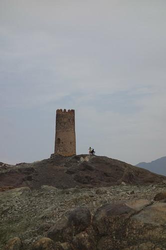 Dans le pays mystère n°3, on croise de nombreux vestiges de tours.