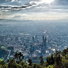 Been loving this silver city. #theworldwalk #travel #colombia #bogota