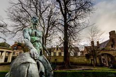 Bruges - Les quatres cavaliers de l'Apocalypse (Sculpteur : Rik Poot)