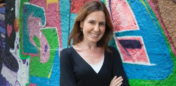 Repórter da Globo, Susana Naspolini dá voz ao povo e celebra resultados