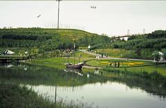 24-0886 27 - Mayflower and Lake