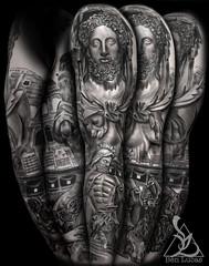 Roman-Statue-Gladiator-Herculese-and-the--Lion-Greek-Mythology-Black-and-Grey-Sleeve-Religious-Catholic-Tattoo-W1