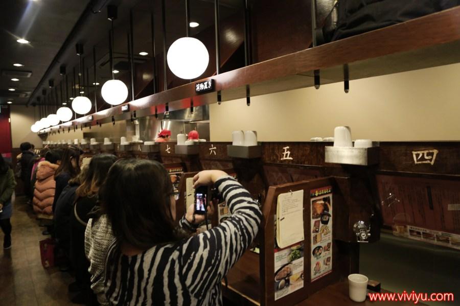 [日本.名古屋]一蘭拉麵.名古屋榮店 ◆台灣人最喜歡的拉麵店 ◆~單人用餐超方便 @VIVIYU小世界