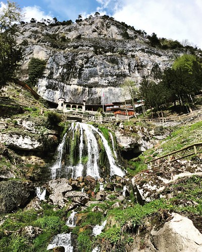 #Beatushöhlen I @ #Interlaken #Beatenberg #ThunerSee #Schweiz #Alpen #traveloup