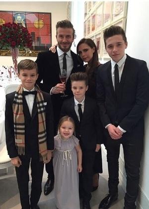 """Beckham diz que se sente """"fisicamente mal"""" quando fica longe dos filhos"""