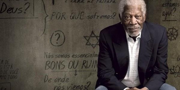 """""""Deus é mais uma pergunta que uma resposta"""", diz ator Morgan Freeman"""