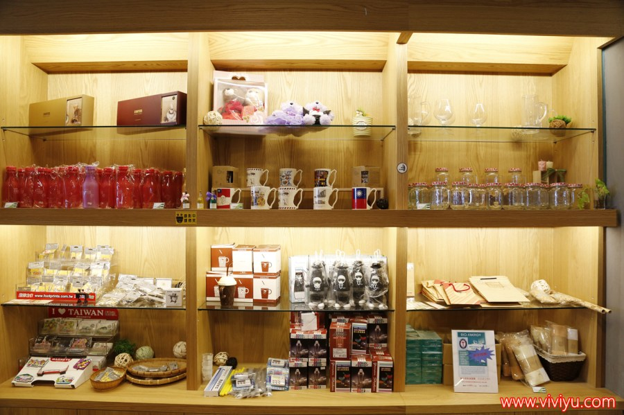 宜蘭,宜蘭旅遊,宜蘭蘇澳,燈泡珍奶,珍珠奶茶博物館,綠色建築,觀光工廠 @VIVIYU小世界