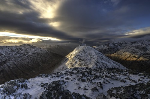 Buchaille Etive Beag as the weather changed