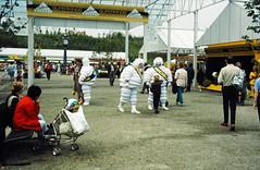 32-08-86 01 - Festival Market