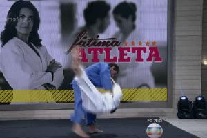 """Às vésperas de Olimpíada, Fátima leva """"golpe"""" e é derrubada em tatame"""