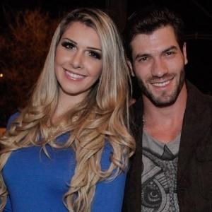 Ex-BBB Roni diz que chegou ao fim namoro com Tatiele