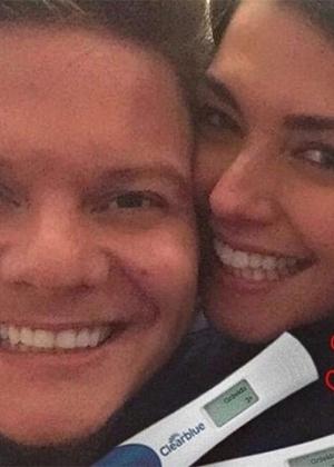 """Thais Fersoza e Michel Teló anunciam nome da primeira filha: """"Melinda"""""""