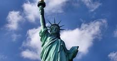 """Die Freiheitsstatue. Die Freiheitsstatuen. • <a style=""""font-size:0.8em;"""" href=""""http://www.flickr.com/photos/42554185@N00/26076650785/"""" target=""""_blank"""">View on Flickr</a>"""
