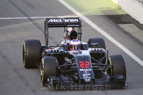 Jenson Button in Formula One Winter Testing 2016