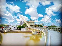 Pengkalan Sapi, Petra Jaya, 93050 Kuching, Sarawak https://goo.gl/maps/2JAgP56NzY32  #travel #holiday #Asian #Malaysia #Kuching #旅行 #度假 #亚洲 #马来西亚 #古晋 #trip #traveling #วันหยุด #การเดินทาง #ホリデー #휴일 #여행 #праздник #путешествие #bridge #桥 #다리 #Jambatan #橋 #м
