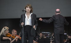 "Jane Birkin sings Birkin Gainsbourg Symphonic - Primavera Sound 2018 - Sábado - 2 - M63C8165 • <a style=""font-size:0.8em;"" href=""http://www.flickr.com/photos/10290099@N07/27673939677/"" target=""_blank"">View on Flickr</a>"
