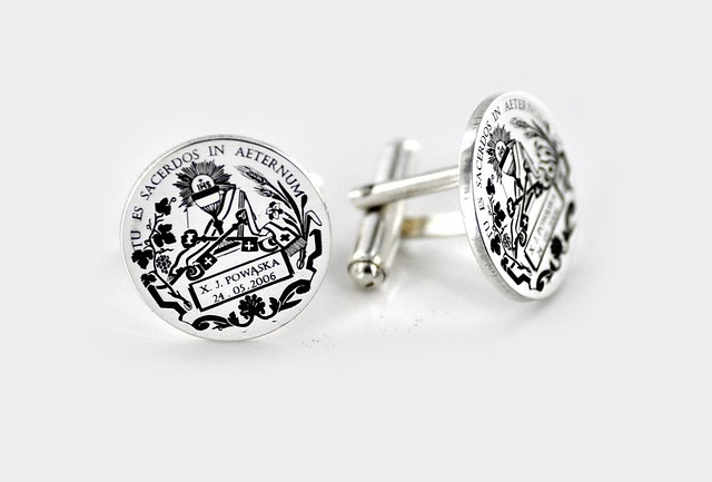 spinki srebrne grawerowane