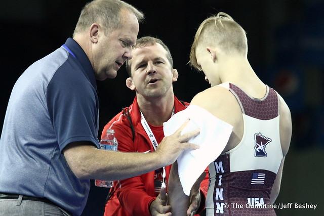 Minnesota Coaches Doug and Brandon Paulson 180720AJF0130